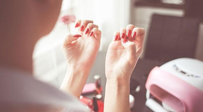 Jak zadbać o paznokcie, aby były naszą wizytówką